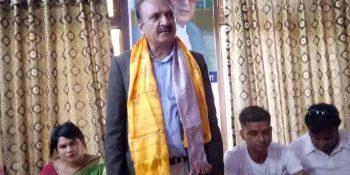 nepali congress leader prakash sharan mahat speaking in nuwakot